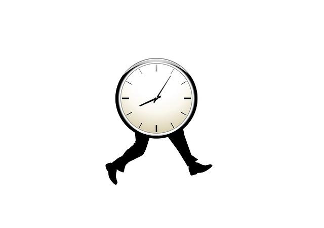 Relógio com pernas